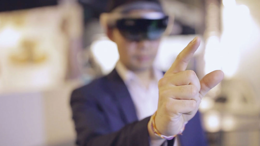 Diota - Hardware devices hololens